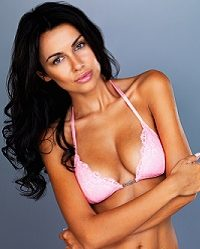 Can Liposuction Complement Your Breast Implants? img 1